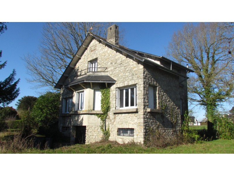 Beautiful 4 Bedroom House For Sale in France