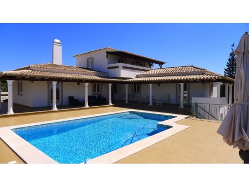 3 Bed Very Large Villa, Pool And 2.5Ha Of Land Potential To Extend 2000M2 Tavira