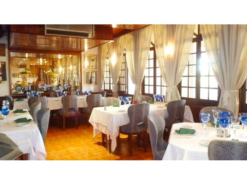 Restaurant With Apartments For Sale In Almancil
