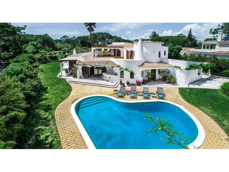 Traditional Moorish Villa For Sale In Quinta Do Lago