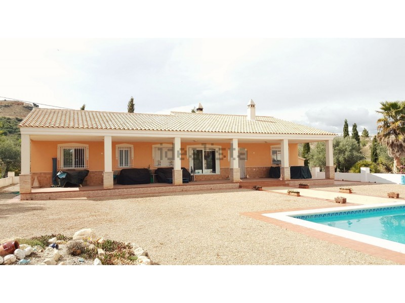 Amazing 4 Bedroom Villa in Spain