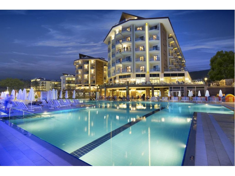 Superb Two Bedroom Apartment Unit 143 Room 4409 Kusadasi Turkey