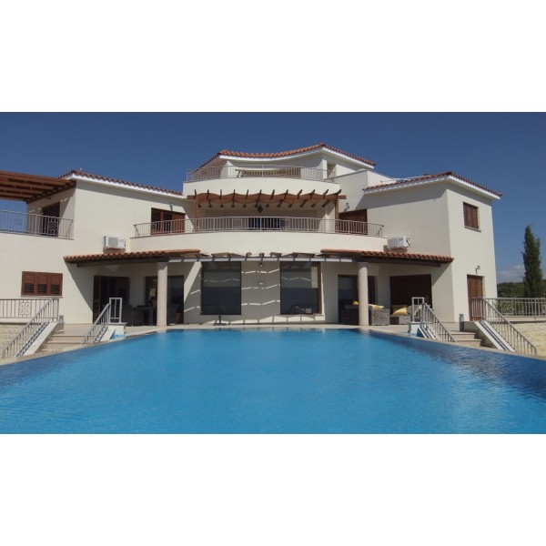 Superb 3 Bed Villa in Limassol Cyprus