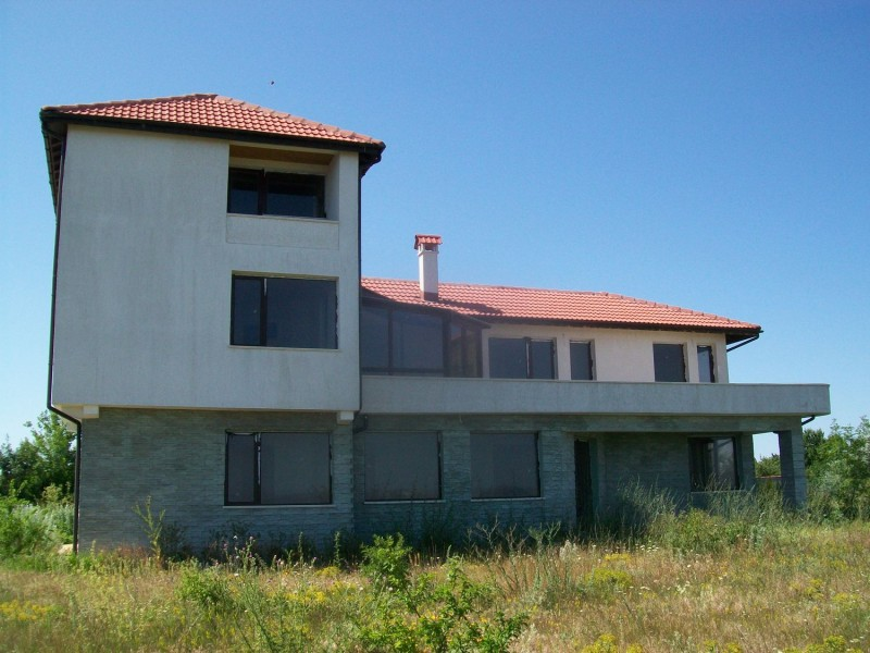 5 Bedroom Detached Villa in Dobrich Kavarna Bulgaria