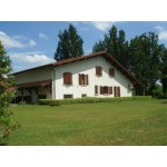 4 bed property in Aquitaine France
