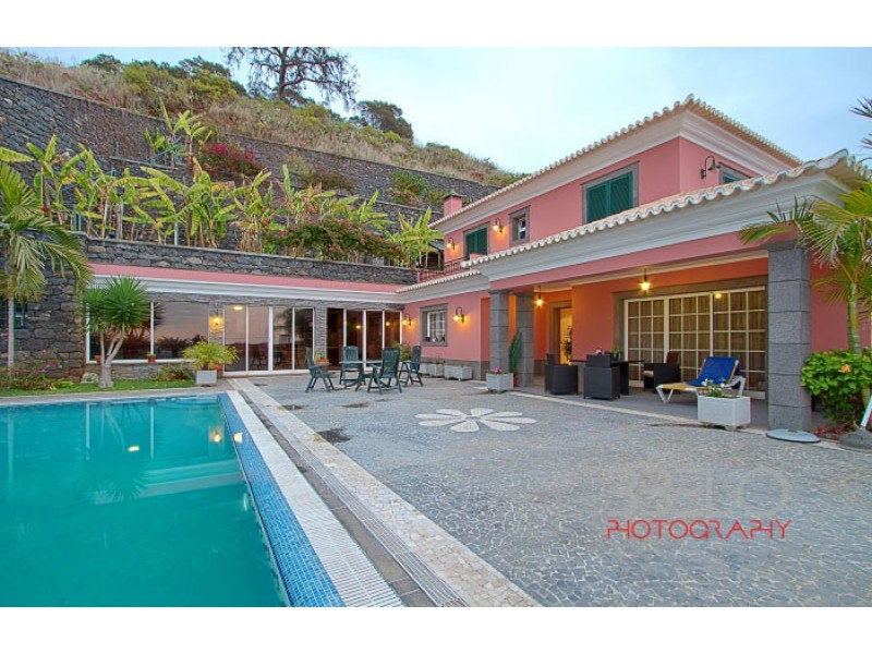 Luxury 4 Bed Villa near Funchal