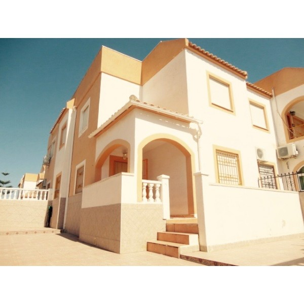 3 Beds Quad House In Torrevieja Ag0166