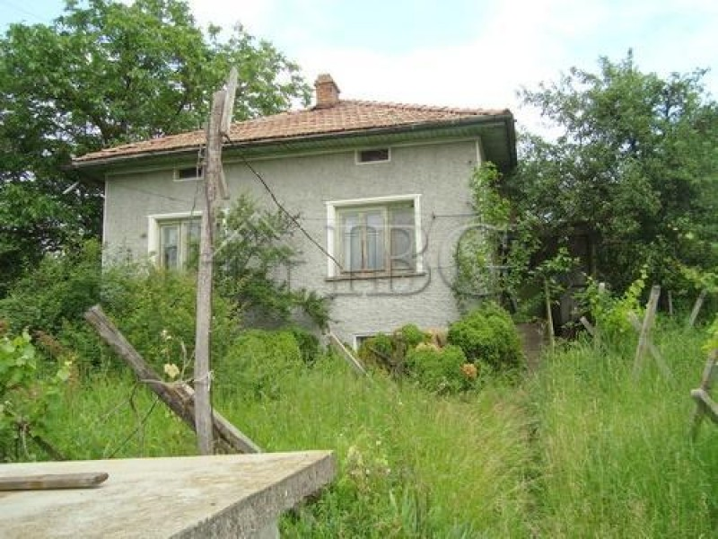 House for sale in Dobromirka, Gabrovo