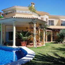 UK & Irish Estate Agents Selling Property in Cyprus